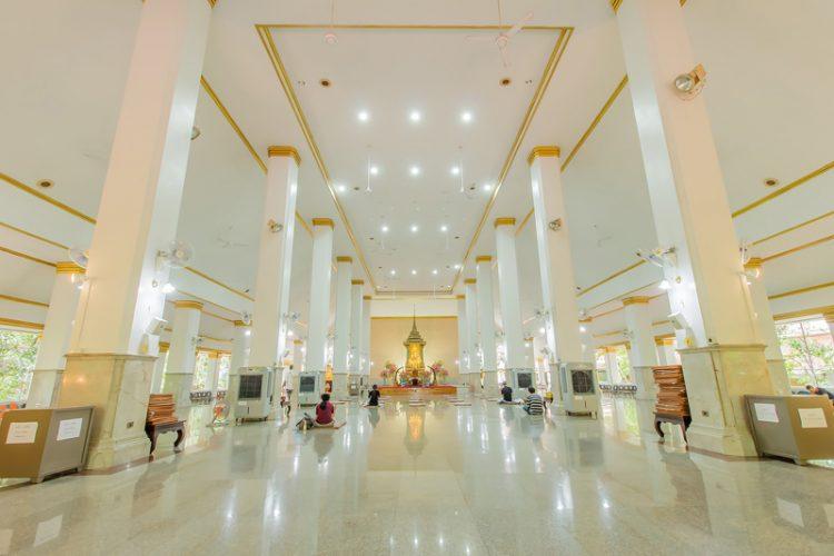 Wat Pathum Wanaram Temple